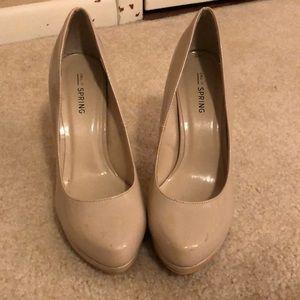 Nude heels size 6